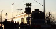 U hlavního nádraží v Olomouci se srazil vlak s kamionem, devět lidí bylo zraněno - anotační obrázek