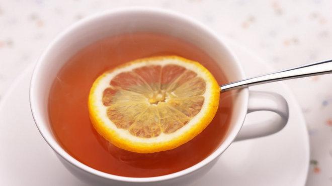 Při pití čaje si dávejte pozor!