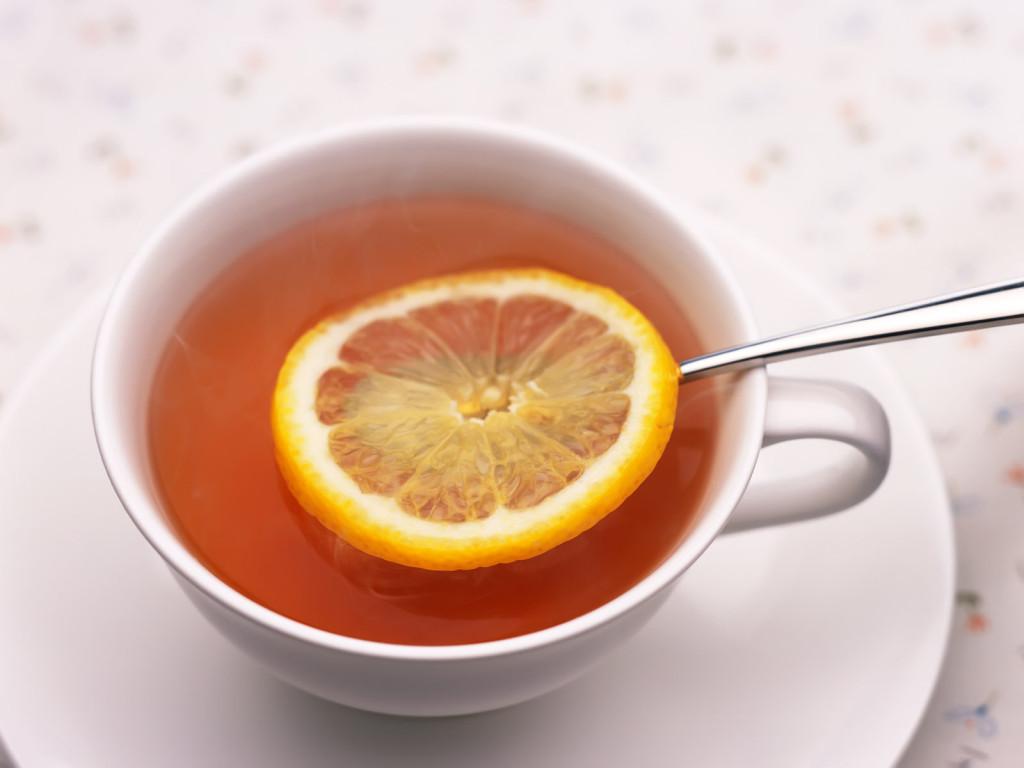 Nemáte doma nebezpečný čaj z Tesca? Potravináři v něm objevili zakázané alkaloidy - anotační obrázek
