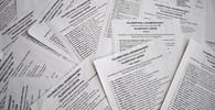 Poslední dny do voleb: Češi by už měli mít hlasovací lístky, platí zákaz zveřejňování průzkumů - anotační obrázek