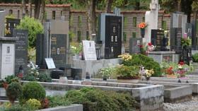 Spalování těl a ukládání mrtvých na hřbitovech? Je to nebezpečné, musíme s tím přestat, volají vědci - anotační foto