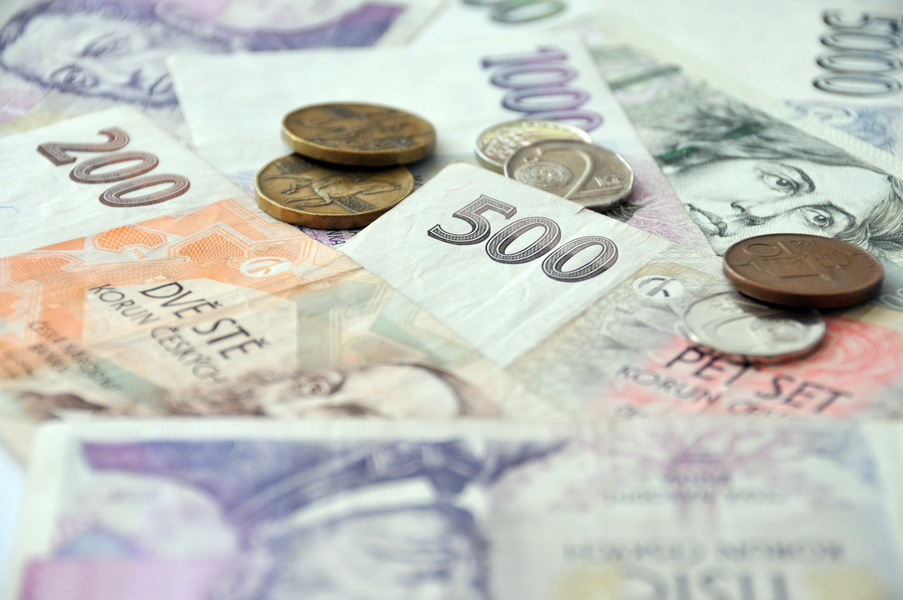 Firmy při pátém týdnu dovolené upraví mzdy, vyplývá z průzkumu - anotační foto