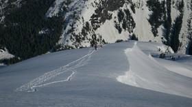 Změna klimatu těší archeology: Tání ledovců v Alpách odhaluje tisíce let staré poklady - anotační foto