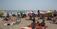 Nebezpečný předmět v Barceloně: Oblíbená pláž musela být evakuována - anotační foto