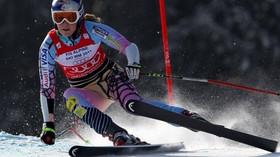 Zlatý závod Ester Ledecké má nepříjemnou dohru. Američanka Vonnová čelí ostré kritice - anotační foto