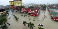 Jižní Asie pod vodou: Povodně si vyžádaly přes 300 životů - anotační obrázek