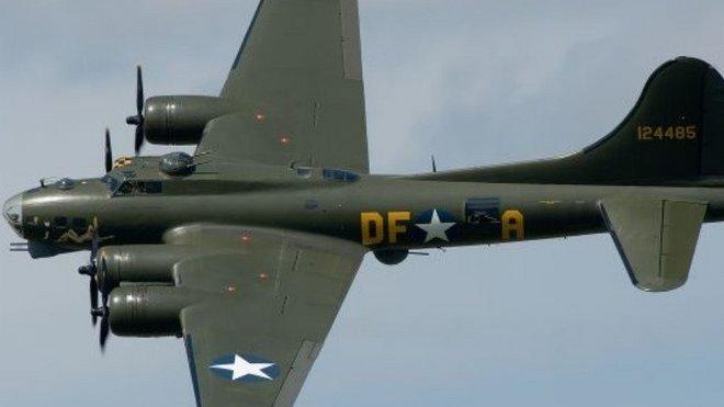 """""""Létající pevnost"""" B-17"""