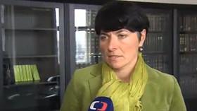 Lenka Bradáčová, česká státní zástupkyně, od 30. července 2012 vrchní státní zástupkyně v Praze. Od března 2008 pak působí ve funkci prezidentky stavovského sdružení Unie státních zástupců České republiky.