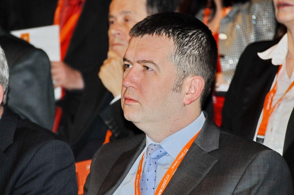 Hamáček měl drobný kolaps, jednání Sněmovny se nezúčastní - anotační foto