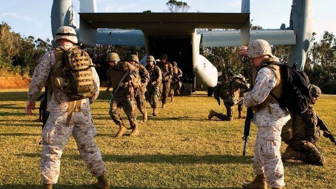 Depot Parris Island v Jižní Karolíně je místo, kde se mladí armádní rekruti připravují na bojové nasazení v případě bojového konfliktu.