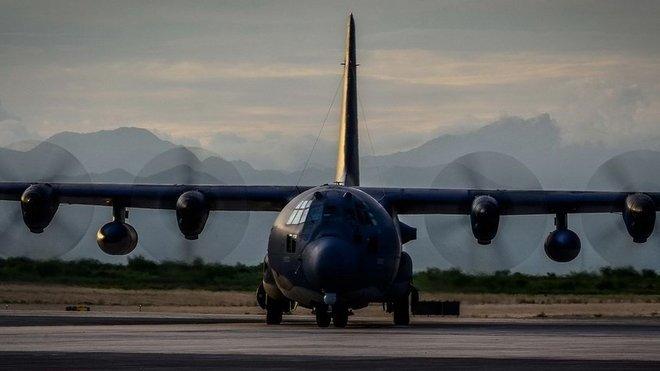 MC-130P Combat Shadow při pátrací akci na pobřeží Accapulca v Mexiku