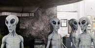 Obchody s mimozemšťany obklopují Roswell v Novém Mexiku - fotil: Justin Foulkes / Lonely Planet