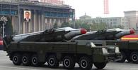 Severní Korea vypálila k Japonsku raketu z ponorky, Tokio a USA jsou na nohou - anotační obrázek