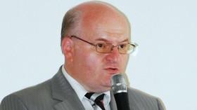 Mgr. Daniel Herman, bývalý katolický kněz a bývalý mluvčí České biskupské konference. V roce 2010 byl vybrán za ředitele Ústavu pro studium totalitních režimů na pětileté funkční období, které však nedokončil, když jej 10. dubna 2013 Rada ústavu odvolala.