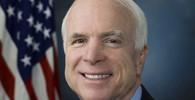 John Sidney McCain III., je americký republikánský politik, senátor za stát Arizona a veterán války ve Vietnamu. V roce 2008 byl republikánským kandidátem pro prezidentské volby, které nakonec vyhrál jeho protikandidát Barack Obama.