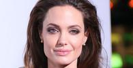 Válka mezi Angelinou Jolie a Bradem Pittem se vyostřuje: Herečka přišla s ďábelským plánem - anotační obrázek