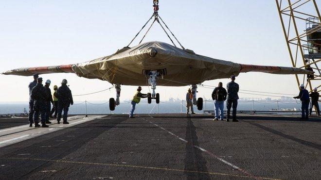 Bezpilotní letoun Northrop Grumman X-47B