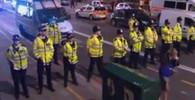 V Londýně byla uzavřena stanice metra, policie prohledává podezřelé auto - anotační obrázek