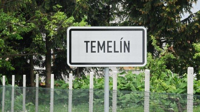 Obec Temelín, kde se vyrábí elektřina v nejznámější české jaderné elektrárně JETE