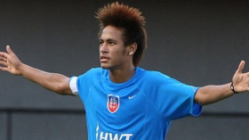 Neymar da Silva Santos Júnior, či krátce Neymar, brazilský fotbalista. Hraje jako útočník v brazilském ligovém klubu Santos FC a v brazilském národním týmu. Je považován za jednoho z nejtalentovanějších fotbalistů nejen v Brazílii, ale i ve světě.