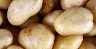 Odborníci prozradili postup, jak krájet brambory, aby byly dokonale upečené - anotační obrázek