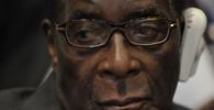 Mugabe nechce rezignovat. Počká bude do sjezdu strany - anotační obrázek