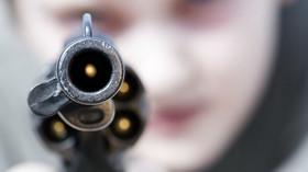 Násilí, zbraně, ilustrační fotografie