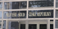 Nejvyšší soud se zastal novináře Kroupy. Při povolení odposlechů jednal soud nezákonně - anotační obrázek