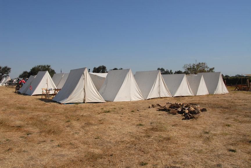 Střelba u romského dětského tábora: Hluk z areálu byl neustálý, hájil svědek obžalovaného - anotační obrázek