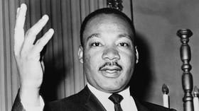 Dr. Martin Luther King, Jr., byl americký baptistický kazatel, jeden z nejvýznamnějších vůdců afroamerického hnutí za lidská práva.
