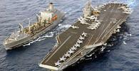 Rusko v nebezpečí? Letadlová loď USA se vydala za polární kruh - anotační obrázek