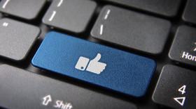 Facebook, sociální sítě