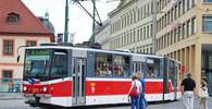 V noci byl uzavřen pražský Libeňský most, tramvaje jsou odkloněny - anotační obrázek