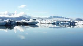 Vědci s obavami sledují obří ledovec, který se utrhl do Antarktidy. Může napáchat pořádné problémy - anotační foto