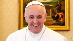 Papež ruší veřejná vystoupení, mohou za to zdravotní potíže - anotační foto