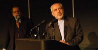 Sankce? Šéf íránské diplomacie se Americe vysmál - anotační obrázek