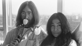 Happening Bed-In Johna Lennona a Yoko Ono v Amsterodamu (1969).
