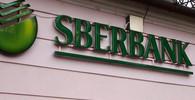 Ruská Sberbank odchází z ukrajinského trhu. Stala se terčem sankcí i útoku vandalů - anotační obrázek