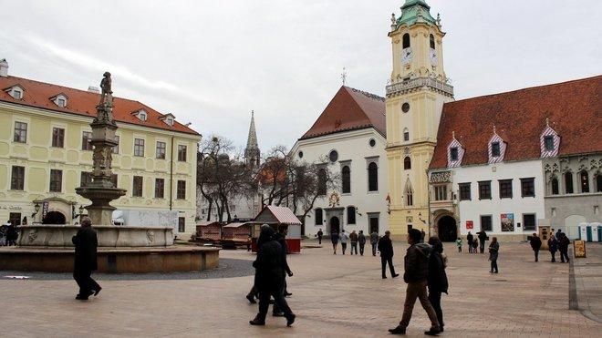 Bratsilava, Slovensko (Hlavné námestie)