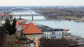 Bratsilava, Slovensko - Bratislavský hrad, pohled na Dunaj