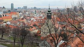 Slovensko uvolňuje omezení podle vývoje nákazy v regionech