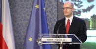 Rakouské a francouzské firmy na mzdách v ČR šetří, myslí si Sobotka - anotační obrázek