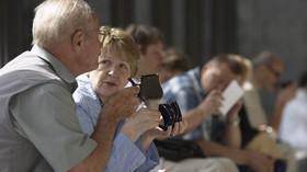 Důchodci, ilustrační fotografie