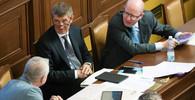 Milan Chovanec /ČSSD/, ministr vnitra, Andrej Babiš /ANO/, ministr financí a Bohuslav Sobotka (ČSSD/, premiér ČR
