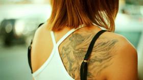 Cestujete do zahraničí v sukni? Můžete skončit ve vězení - anotační foto