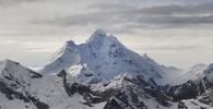 Nevado Huantsan (6395m), autor: Bas Wallet