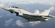 V Německu se po srážce zřítily stíhačky Eurofighter. Jeden pilot zahynul +VIDEO - anotační foto