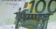Poslanci jednali o přijetí eura, panují mezi nimi neshody - anotační obrázek