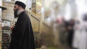 Abú Bakr al-Baghdádí při svém prvním veřejném vystoupení