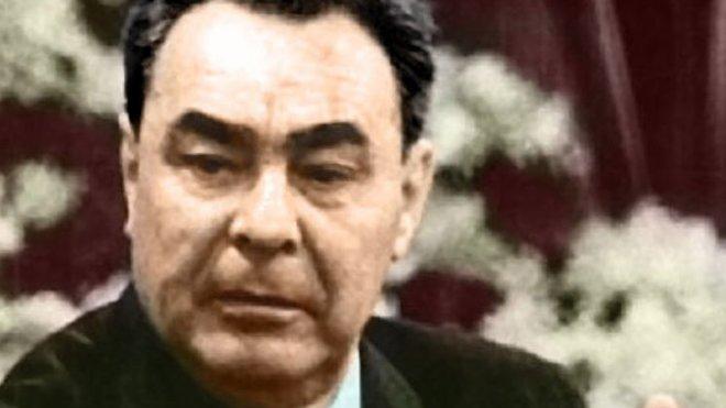 Leonid Iljič Brežněv, byl sovětským politikem, nejvyšším představitelem Sovětského svazu v období let 1964–1982, mj. čtyřnásobným Hrdinou SSSR.